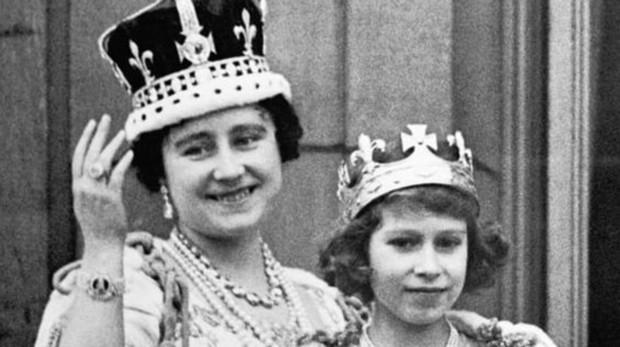 La Maldicion Que Oculta La Corona De La Reina Madre