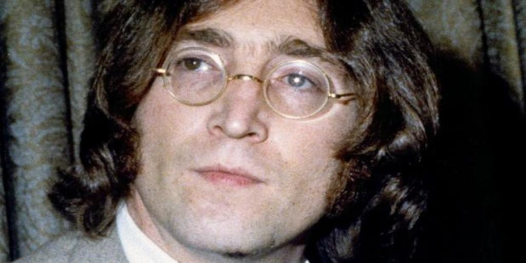 Las icónicas gafas de Lennon, vendidas por 165.000 euros en una subasta en Londres
