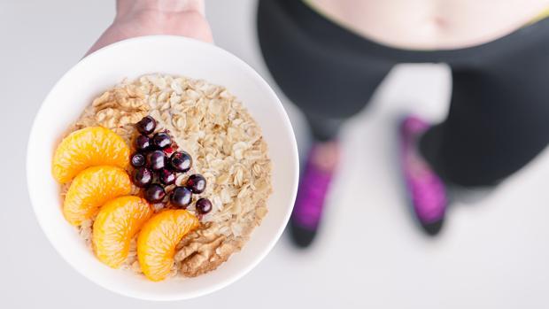 es mejor hacer ejercicio antes o despues de desayunar