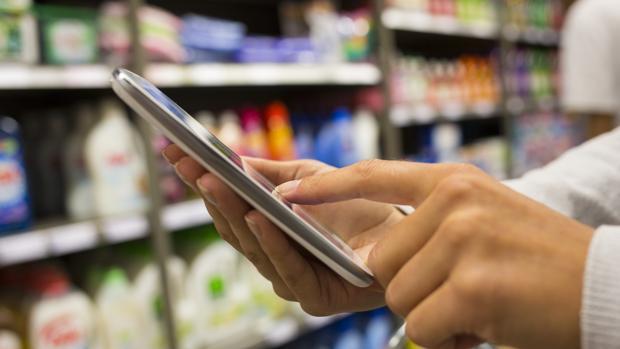 Algunas apps permiten escanear el código de barras para saber más información sobre los productos
