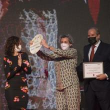 Chef Pepa Muñoz collected the award for Hospitality on behalf of the sector, honored for her tenacity during the pandemic