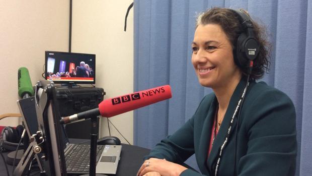 La laborista Sarah Champion durante una entrevista en la Radio de la BBC