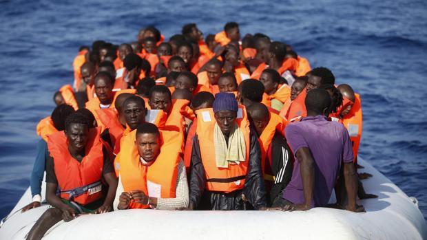 Resultado de imagen de inmigrantes rescate