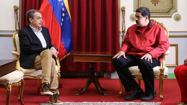 El expresidente español José Luis Rodríguez Zapatero, en uno de sus encuentros con Nicolás Maduro