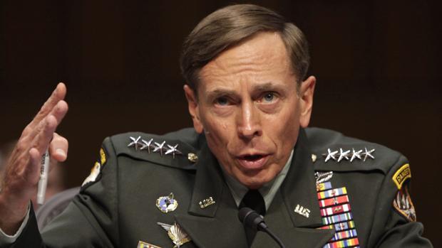 El general y exdirector de la CIA, David Petraeus
