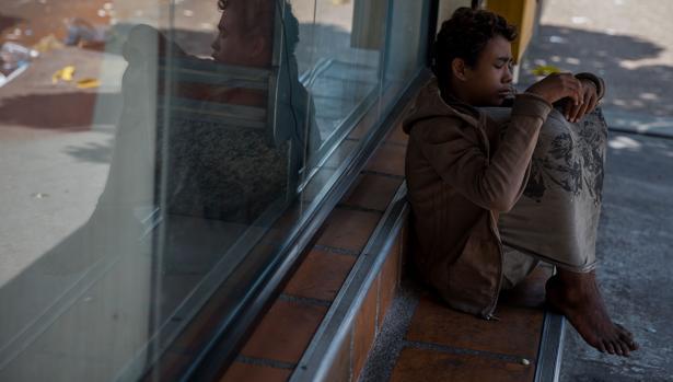 Decenas de niños se han quedado desamparados en Venezuela después de que sus padres emigraran a otro país
