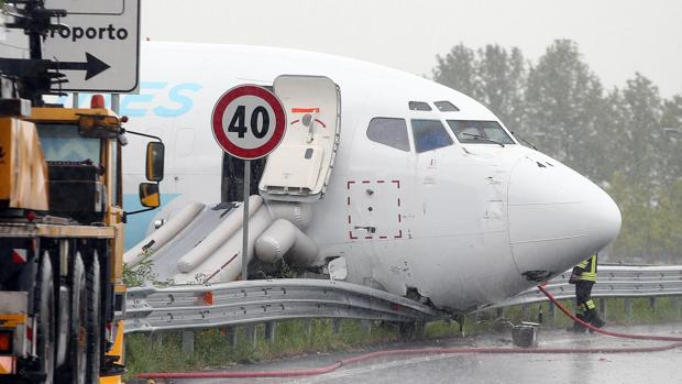 Foto de archivo de accidente de avión