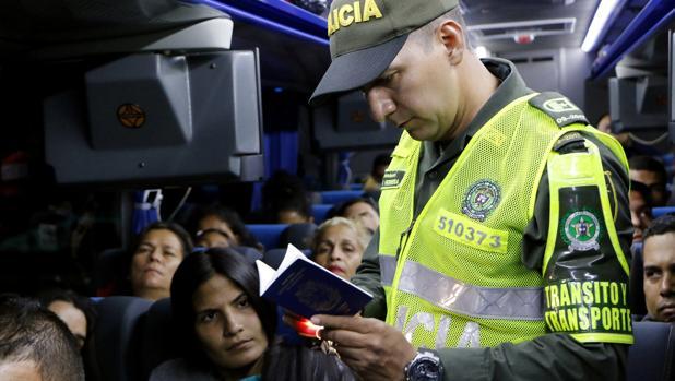 Control policial a ciudadanos venezolanos en Cúcuta (Colombia)