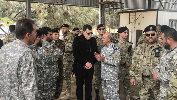 El jefe del gobierno de unidad respaldado por la ONU de Libia, Fayez al-Sarraj