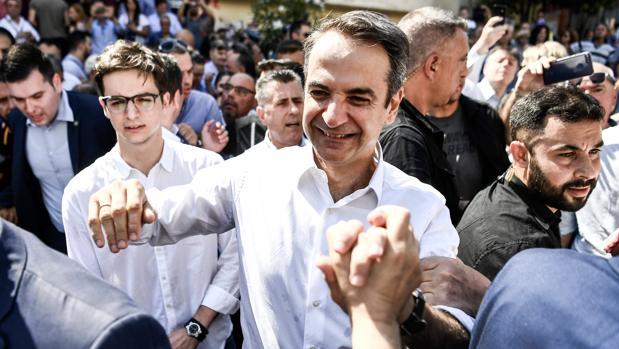 Kyriakos Mitsotakis, líder de Nueva Democracia, tras participar en las elecciones griegas en Atenas