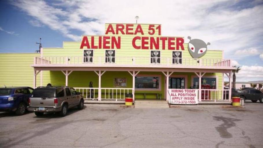 Más de un millón de personas se citan para invadir el Área 51