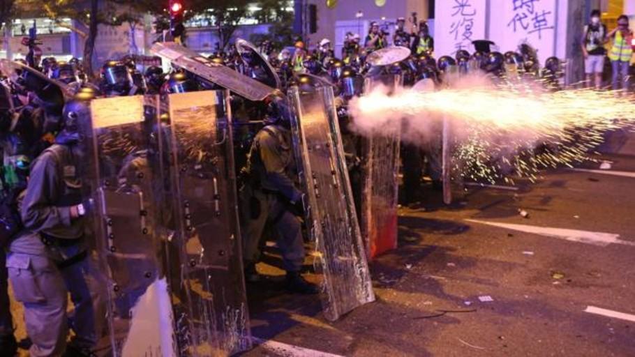 Las protestas contra China desatan la violencia en Hong Kong