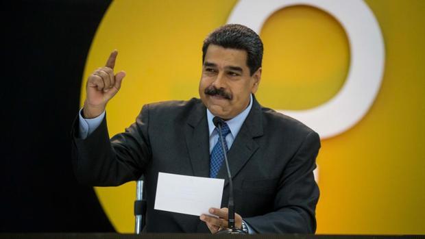 El presidente de Venezuela, Nicolás Maduro, en el acto de lanzamiento del «petro»