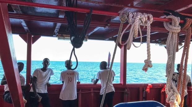 El Ocean Viking pide a Europa que se sitúe «a la altura de sus principios»