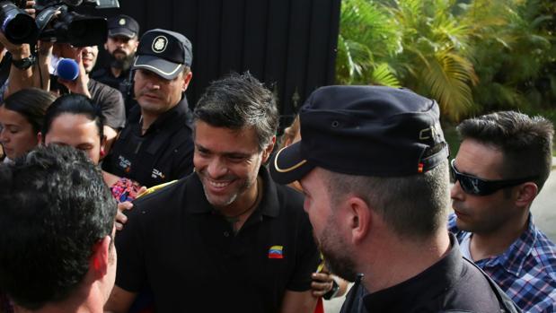 Leopoldo López reaparece y pide a su partido que siga luchando por Venezuela