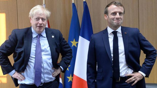Macron rechaza un eventual aplazamiento del Brexit
