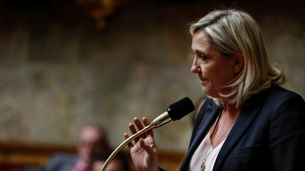 Los partidos de la familia Le Pen sospechosos de comportamientos crapulosos