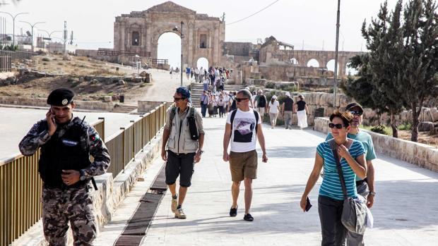 La visita a las bellas ruinas romanas de Jerash que acabó en una pesadilla sangrienta