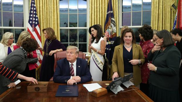 El «aburrimiento» de Trump en el despacho oval