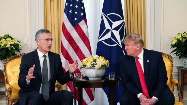 Trump, sobre Macron: «No puedes hacer declaraciones como esa sobre la OTAN»