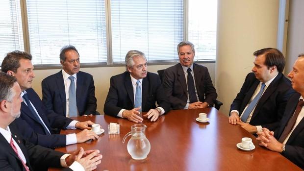 Fernández anuncia un Gobierno a su medida con el visto bueno de Cristina Kirchner