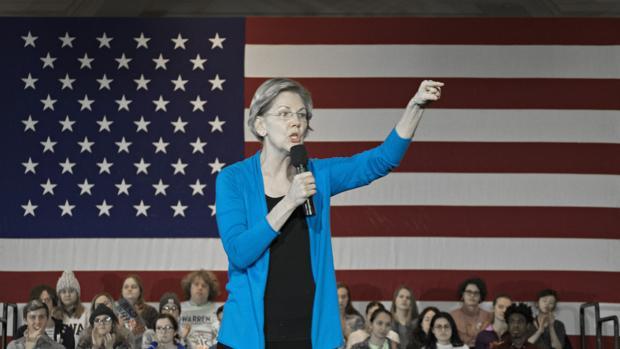 Elizabeth Warren, la candidata izquierdista, ganó dos millones de dólares asesorando a empresas