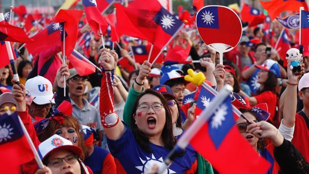 Taiwán acude a las urnas bajo la sombra de Hong Kong