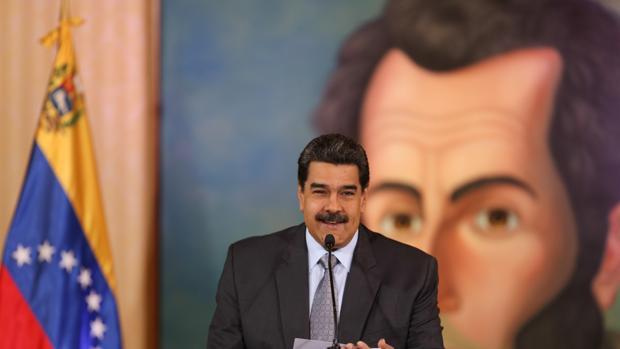 El régimen de Maduro paga 12 millones a lobistas de Washington para sortear sanciones