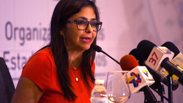 Piden al Parlamento Europeo que exija a España que aclare qué sucedió en la escala de Delcy Rodríguez en Barajas