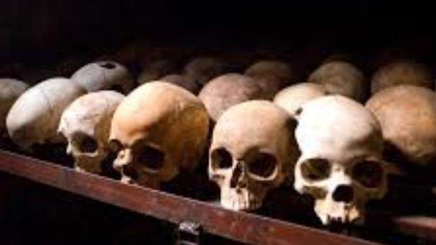 Burundi confirma el hallazgo de más de 6.000 cadáveres por el genocidio contra los hutus