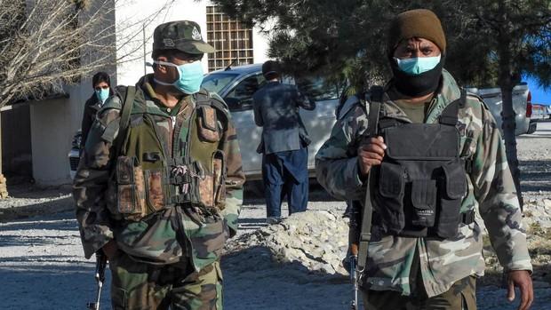 La república islámica militariza la gestión del coronavirus tras superar el medio millar de muertos