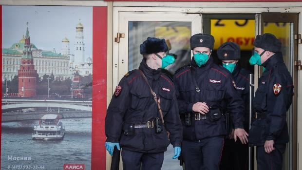El alcalde de Moscú amenaza con endurecer las multas a quien se salte la cuarentena y el confinamiento obligatorio