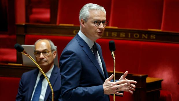 La Asamblea de Francia aprueba más ayudas a las familias y empresas necesitadas