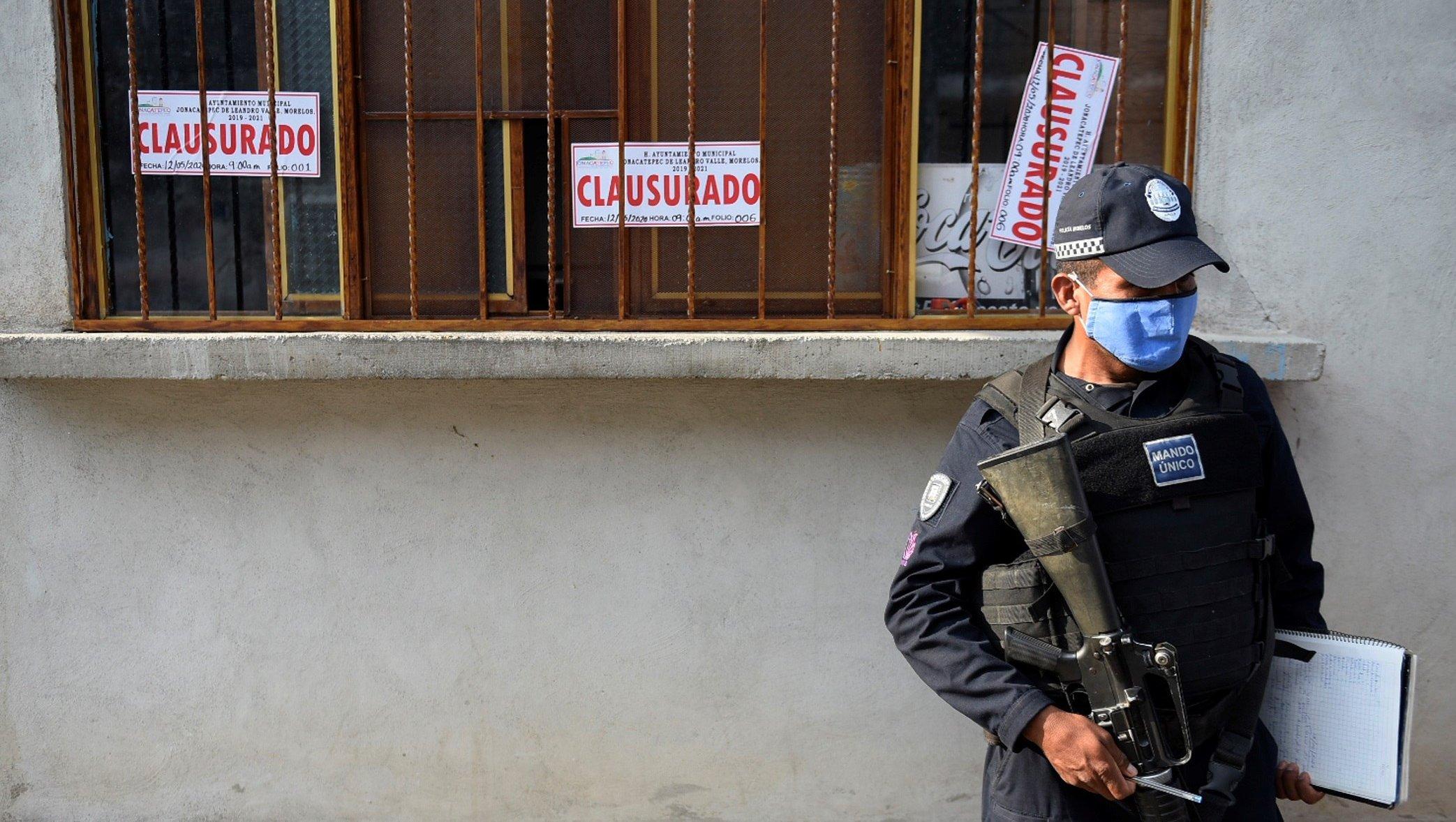 México registra cerca de 150 fallecidos por beber alcohol adulterado durante el confinamiento