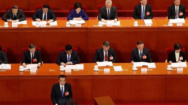 China renuncia a su objetivo de crecimiento económico por la incertidumbre del coronavirus