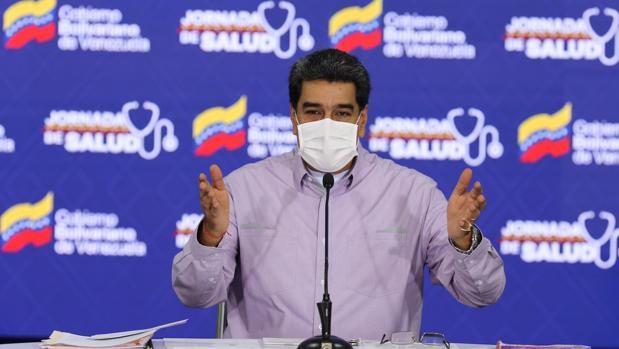 Maduro ordena escoltar a cinco buques iraníes hasta las costas de Venezuela