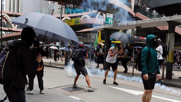 Al menos 120 detenidos en las primeras protestas en Hong Kong contra la «ley antisubversión» de China