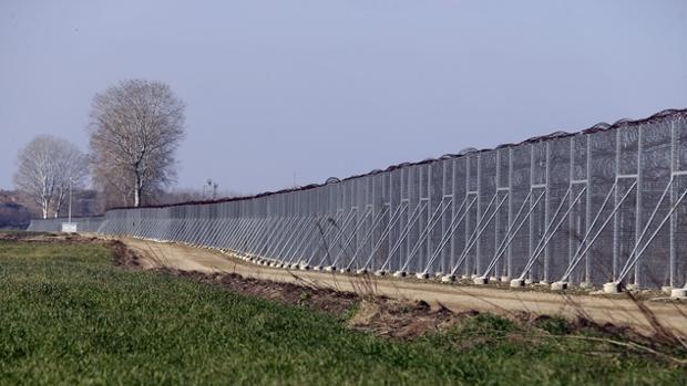 Grecia confirma que se completará la valla metálica en la frontera con Turquía