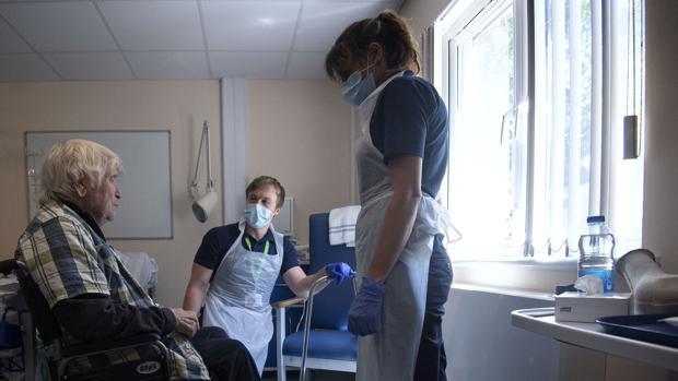 El Reino Unido registra 62.000 muertes más de las habituales en los meses de la pandemia