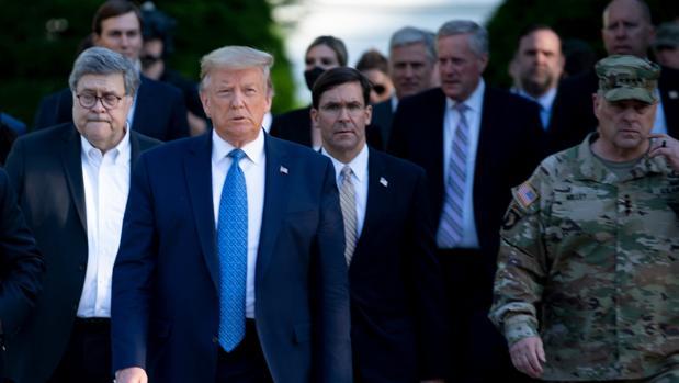 La cúpula militar de EE.UU. se distancia de Trump tras las cargas en Washington