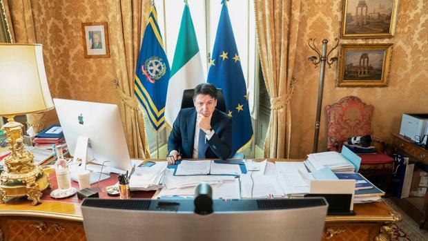 Conte anuncia la entrada de Italia en la fase 3, con un plan de reformas para reconstruir el país
