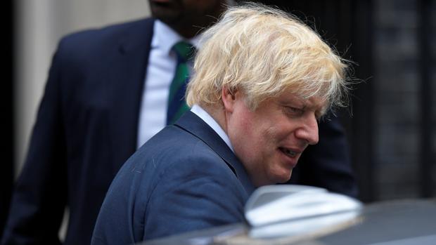 Johnson se gasta más de un millón de euros por pintar su avión oficial como la bandera británica