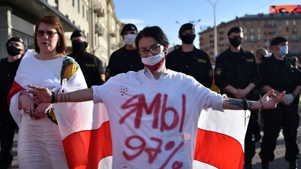 El dictador bielorruso se jacta de no haber tomado medidas contra la pandemia