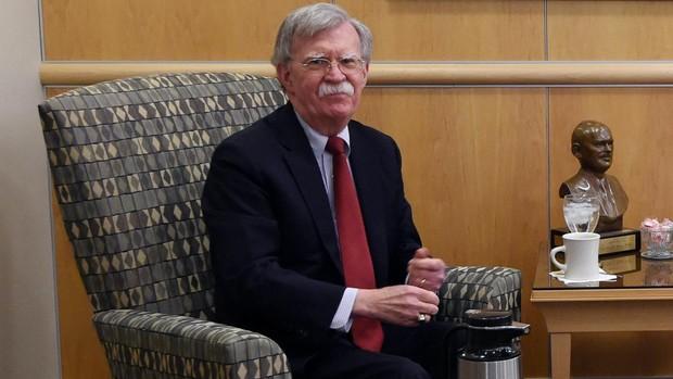 John Bolton: «España no tomó la iniciativa para ayudarnos a expulsar a Maduro»