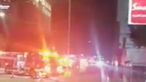 Diplomáticos chinos queman documentos ante el inminente cierre de su consulado en Houston