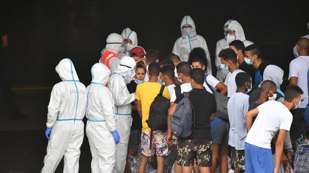 El Gobierno Conte impugnará la orden de Sicilia anti inmigrantes
