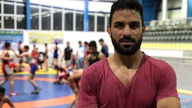 Irán condena a dos penas de muerte al luchador Navid Afkari por protestar contra el régimen