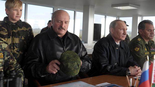 Putin y Lukashenko se reúnen hoy para redefinir sus relaciones mientras siguen las protestas en Bielorrusia