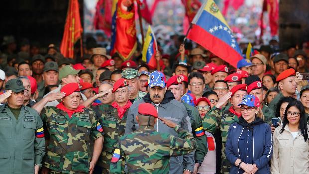 Maduro quiere que los militares vayan a buscar a los votantes a sus viviendas el día de las elecciones