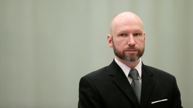 Anders Breivik, autor de la matanza de 77 personas en Noruega, solicita su libertad condicional
